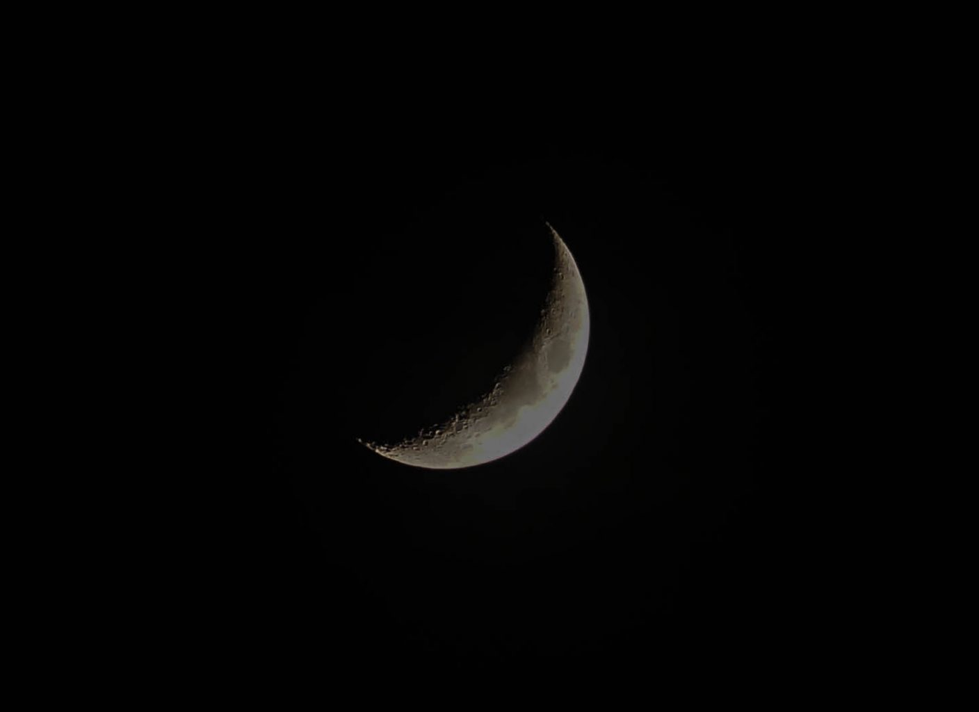 Sliver of Moon in the night sky by Skitter Photo from stocksnap.io