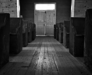 Church pews by Benjamin Faust from stocksnap.io