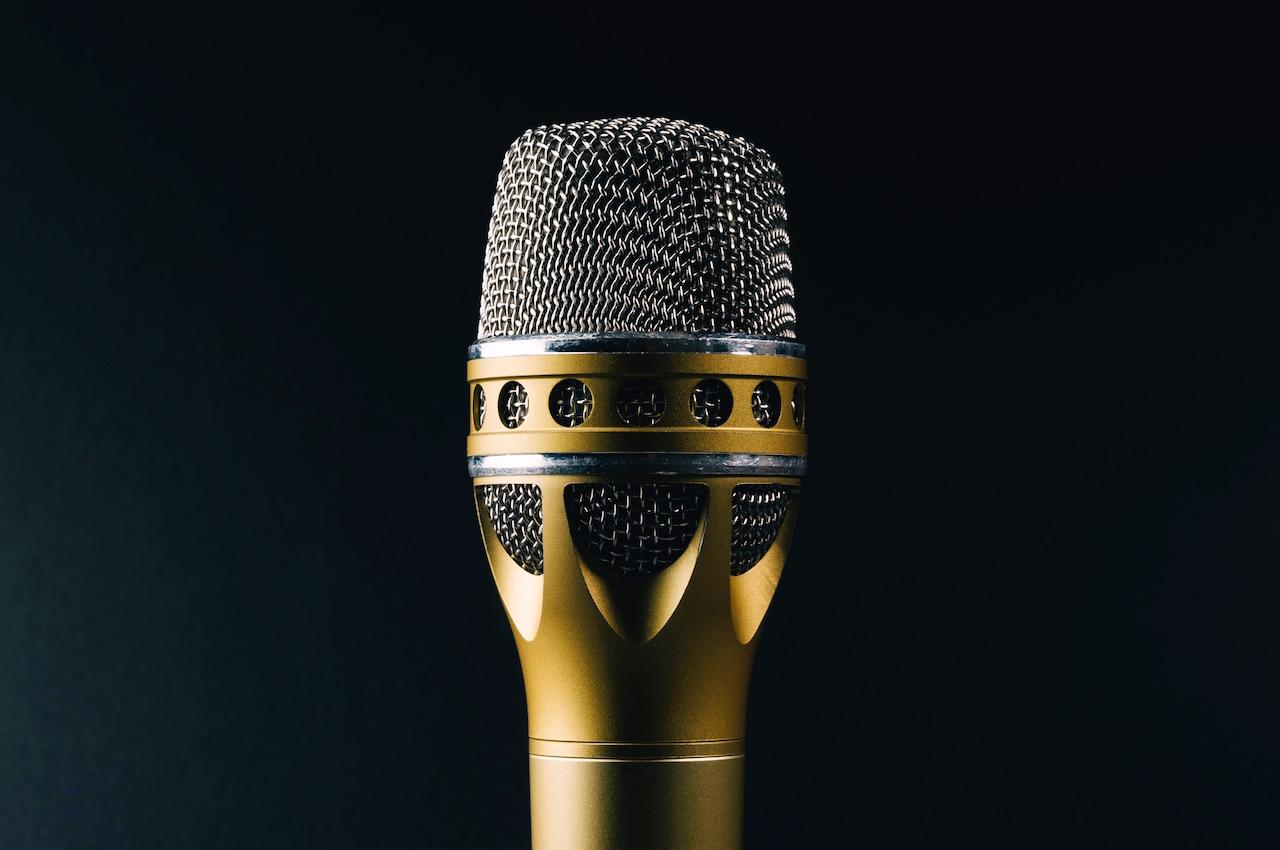 Fancy microphone by Kai Oberhäuser
