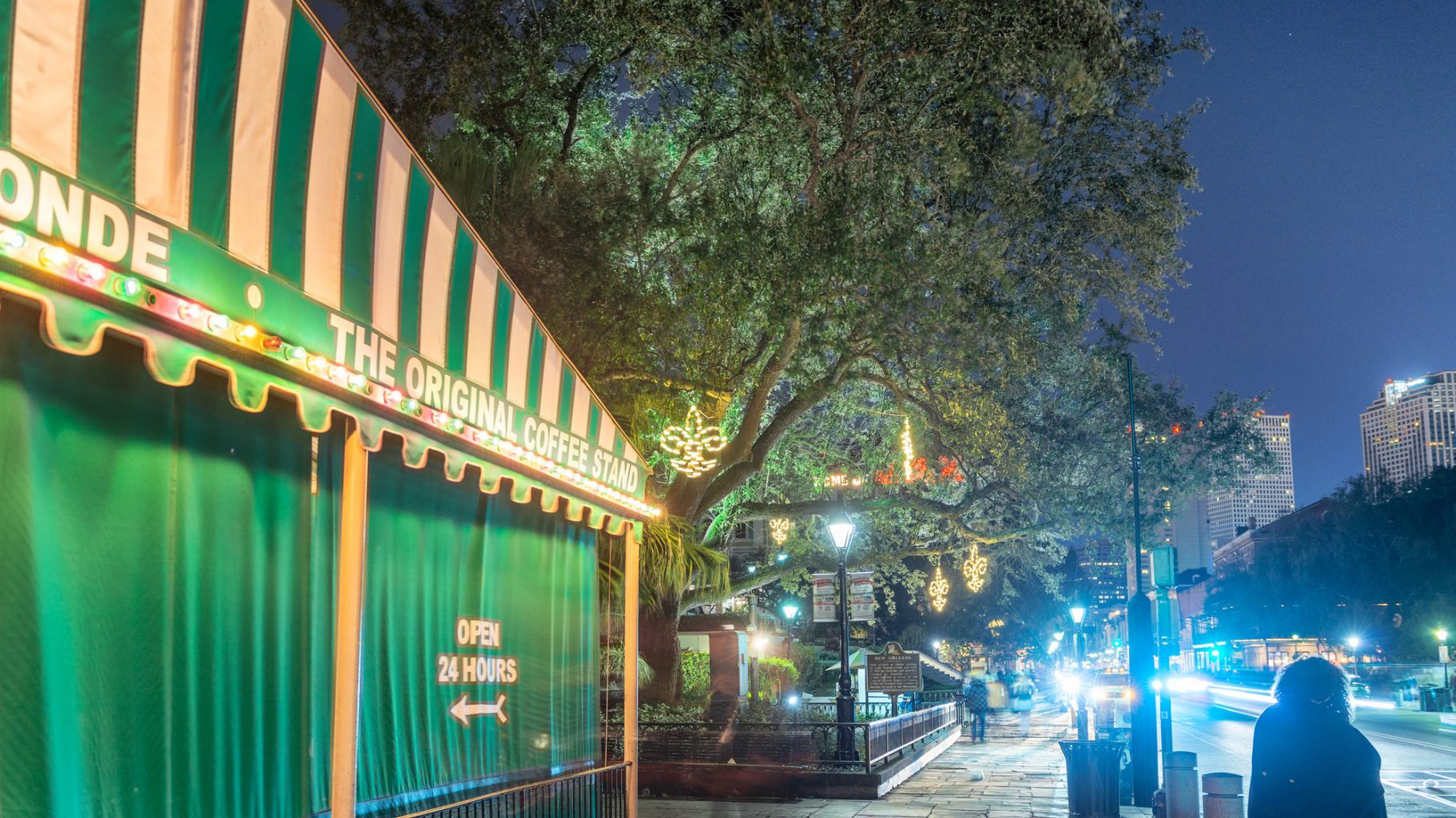 NEW ORLEANS - FEBRUARY 9, 2016: Night view of Cafe Du Monde on Mardi Gras.